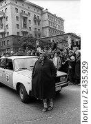 День Города, ул. Тверская, 1990-е. Редакционное фото, фотограф Андрей Константинов / Фотобанк Лори