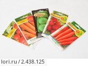 Купить «Пакетики семян», фото № 2438125, снято 30 марта 2011 г. (c) Марина Славина / Фотобанк Лори