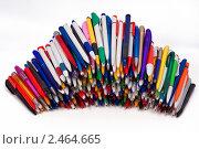 Купить «Шариковые ручки», фото № 2464665, снято 22 сентября 2018 г. (c) Михаил Мандрыгин / Фотобанк Лори