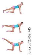 Купить «Девушка выполняет упражнения для задней стороны бедра», фото № 2469745, снято 31 мая 2020 г. (c) Ирина Карлова / Фотобанк Лори