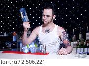 Бармен (2009 год). Редакционное фото, фотограф Анисимов Леонид / Фотобанк Лори