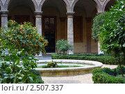 Римский дворик (2011 год). Стоковое фото, фотограф Сергей Клопотов / Фотобанк Лори