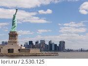 Статуя свободы, Нью-Йорк, фото № 2530125, снято 24 марта 2017 г. (c) Роман Липовский / Фотобанк Лори