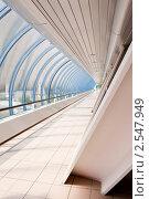 """Купить «Интерьер торгово-пешеходного моста """"Багратион"""". Москва», фото № 2547949, снято 22 мая 2011 г. (c) E. O. / Фотобанк Лори"""