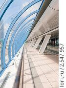 """Купить «Интерьер торгово-пешеходного моста """"Багратион"""". Москва», фото № 2547957, снято 22 мая 2011 г. (c) E. O. / Фотобанк Лори"""