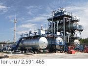 Купить «Нефтеперерабатывающий завод», фото № 2591465, снято 18 августа 2010 г. (c) Rumo / Фотобанк Лори