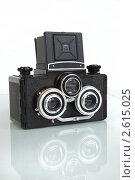 Старый стереофотоаппарат (2011 год). Редакционное фото, фотограф Александр Кадацкий / Фотобанк Лори