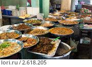 Кухня азиатского кафе. Стоковое фото, фотограф Антон Железняков / Фотобанк Лори