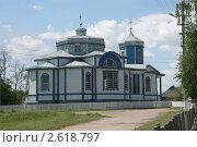 Деревянная православная церковь в деревне, Украина (2011 год). Стоковое фото, фотограф Александр Гречин / Фотобанк Лори