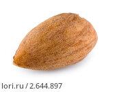 Миндальный орех изолированно на белом фоне. Стоковое фото, фотограф Вадим Субботин / Фотобанк Лори