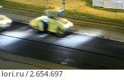 Купить «Асфальтовые катки. Таймлапс», видеоролик № 2654697, снято 13 июля 2011 г. (c) Виктор Савушкин / Фотобанк Лори