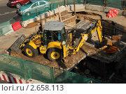 Купить «Стройплощадка. Вид сверху», эксклюзивное фото № 2658113, снято 10 июля 2011 г. (c) lana1501 / Фотобанк Лори