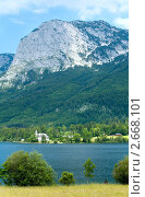 Купить «Горное альпийское озеро», фото № 2668101, снято 4 июня 2011 г. (c) Юрий Брыкайло / Фотобанк Лори