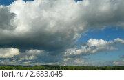Купить «Облака плывущие над городом», видеоролик № 2683045, снято 17 марта 2011 г. (c) Михаил Коханчиков / Фотобанк Лори