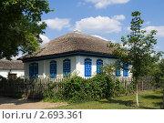Купить «Казачий курень в Вешенской», фото № 2693361, снято 15 июля 2011 г. (c) Борис Панасюк / Фотобанк Лори