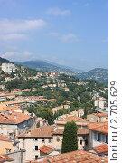 Купить «Панорама города Грас в Провансе. Лазурный берег.», фото № 2705629, снято 4 августа 2011 г. (c) Сидорова Ирина / Фотобанк Лори
