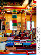 Купить «Буддийский монах в интерьере иволгинского дацана. Бурятия.», фото № 2715017, снято 12 августа 2011 г. (c) Александр Подшивалов / Фотобанк Лори