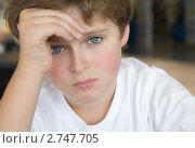 Портрет спокойного мальчика. Стоковое фото, фотограф Ольга Шевченко / Фотобанк Лори