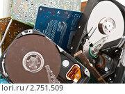 Купить «Части старого компьютера», фото № 2751509, снято 18 февраля 2020 г. (c) Сергей Дашкевич / Фотобанк Лори