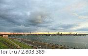 Купить «Закат над Ижевском, таймлапс», видеоролик № 2803389, снято 16 сентября 2011 г. (c) Кирилл Трифонов / Фотобанк Лори