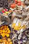 Урожай тыквы на рыночном прилавке осенью, фото № 2807857, снято 11 сентября 2011 г. (c) Николай Винокуров / Фотобанк Лори