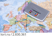 Купить «Электронный переводчик на карте Европы», эксклюзивное фото № 2830361, снято 27 сентября 2011 г. (c) Александр Щепин / Фотобанк Лори
