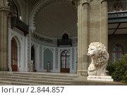 Купить «Крым, парк Воронцрвского дворца», эксклюзивное фото № 2844857, снято 10 сентября 2011 г. (c) Дмитрий Неумоин / Фотобанк Лори