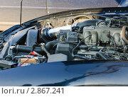 """Двигатель автомобиля """"Toyota"""" (Тойота) (2011 год). Редакционное фото, фотограф Алёшина Оксана / Фотобанк Лори"""