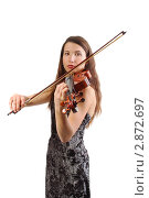 Девушка играет на скрипке. Стоковое фото, фотограф Наталия Евмененко / Фотобанк Лори