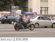 """Купить «Мотоцикл """"Harley Davidson"""" на Тверской», эксклюзивное фото № 2876909, снято 12 июля 2009 г. (c) Алёшина Оксана / Фотобанк Лори"""