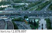 Купить «Автомобильный поток. Москва. Таймлапс», видеоролик № 2878897, снято 13 сентября 2011 г. (c) Павел Коновалов / Фотобанк Лори