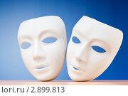 Купить «Две театральные маски», фото № 2899813, снято 5 марта 2011 г. (c) Elnur / Фотобанк Лори
