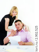 Купить «Служебный роман, флирт в офисе», фото № 2902525, снято 12 мая 2011 г. (c) Ольга Красавина / Фотобанк Лори