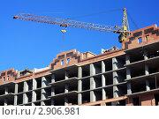 Строительство кирпичного жилого дома. Стоковое фото, фотограф Павел Воробьёв / Фотобанк Лори