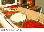 Купить «Ингредиенты для приготовления шаурмы», фото № 2919445, снято 19 марта 2011 г. (c) Олеся Сарычева / Фотобанк Лори