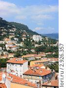 Купить «Панорама города Грас в Провансе. Лазурный берег.», фото № 2926357, снято 4 августа 2011 г. (c) Сидорова Ирина / Фотобанк Лори