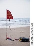 Запрет купания на пляже во Вьетнаме при отливе (2011 год). Стоковое фото, фотограф igor faustov / Фотобанк Лори