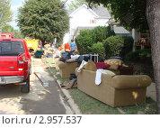 Купить «Испорченные вещи. Последствия наводнения.», фото № 2957537, снято 5 мая 2007 г. (c) EXG / Фотобанк Лори