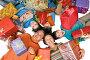 Счастливая семья в окружении подарков, фото № 2998597, снято 9 января 2011 г. (c) Владимир Мельников / Фотобанк Лори