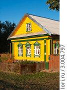 Купить «Домик в деревне», фото № 3004797, снято 23 октября 2019 г. (c) Зобков Георгий / Фотобанк Лори