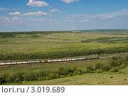 Купить «Летний пейзаж с железной дорогой», фото № 3019689, снято 19 июня 2011 г. (c) Сергей Яковлев / Фотобанк Лори