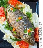 Купить «Жареная рыба с овощами», фото № 3035457, снято 8 марта 2011 г. (c) katalinks / Фотобанк Лори