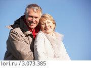 Купить «Пожилая пара смотрит в камеру на свежем воздухе», фото № 3073385, снято 12 ноября 2008 г. (c) Monkey Business Images / Фотобанк Лори