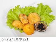 Овощной Темпура на белой тарелке. Стоковое фото, фотограф Олег Кириллов / Фотобанк Лори