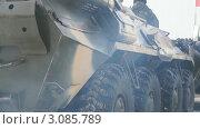 Купить «Полицейский бронетранспортер», видеоролик № 3085789, снято 26 декабря 2011 г. (c) Mikhail Erguine / Фотобанк Лори