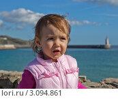 Девочка у моря. Тарифа. Испания. Стоковое фото, фотограф Юрий Гринфельд / Фотобанк Лори