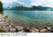 Купить «Озеро в Альпах», фото № 3097033, снято 22 марта 2019 г. (c) Юрий Брыкайло / Фотобанк Лори