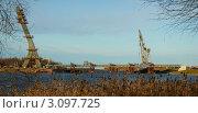 Строительство моста (2011 год). Стоковое фото, фотограф Сергей Высоцкий / Фотобанк Лори
