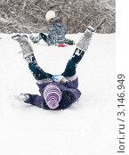 Купить «Девочка задом едет по снежной горке на ледянке задрав ноги вверх», эксклюзивное фото № 3146949, снято 10 января 2012 г. (c) Игорь Низов / Фотобанк Лори