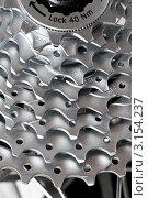 Купить «Деталь механизма горного велосипеда - кассета со звёздами крупным планом», фото № 3154237, снято 29 февраля 2008 г. (c) Дмитрий Наумов / Фотобанк Лори